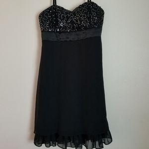Beautiful Black Dress!